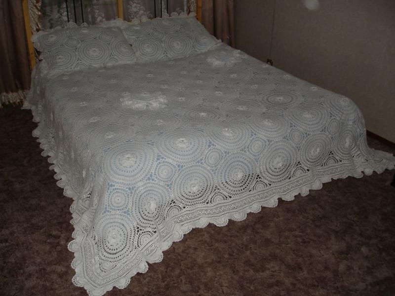 Дизайн покрывал на двуспальную кровать