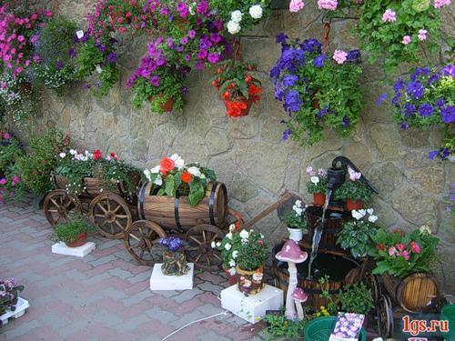 Подвесные кашпо для цветов уличные своими руками
