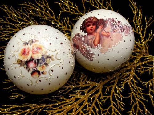 Декупаж новогодних шариков 2015: ангелочки
