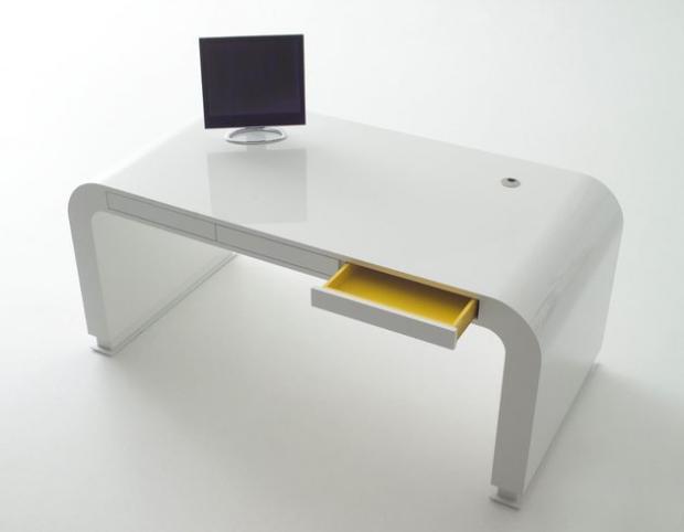 Компьютерный стол  хай тек