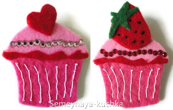 Новогодние игрушки из фетра: кексы
