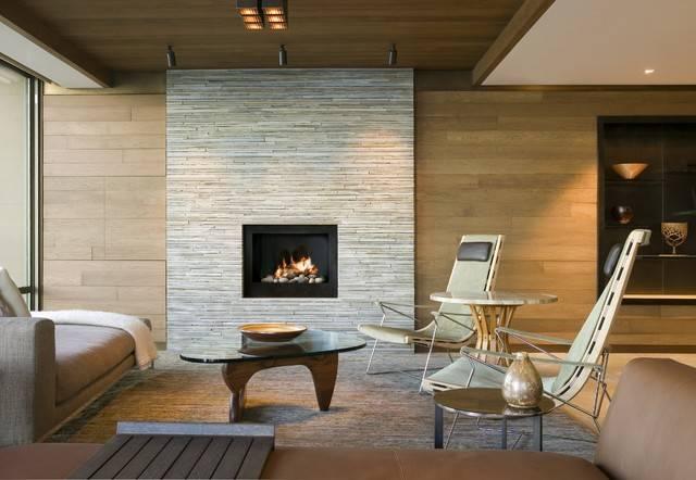 Камень в дизайне гостиной