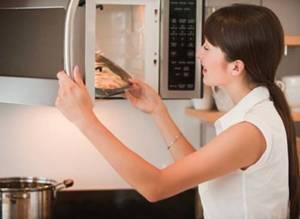 Безопасность кухонных приборов: поговорим о микроволновых печах