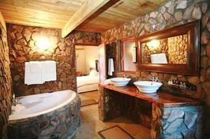 Ванная комната в американском стиле: простота, функциональность и экономия водопотребления