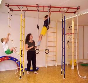 Оборудуем детскую комнату спортивными снорядами