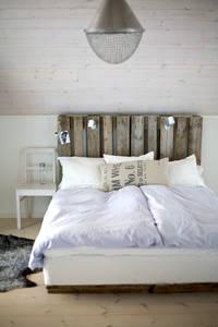 Деревянное изголовье кровати своими руками в стиле кантри