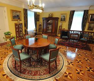 Дом Иосифа Кобзона: подмосковное поместье для всей семьи