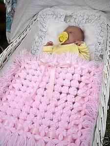 вязаный плед для новорожденного дизайн интерьера