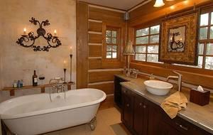 Ванная комната в интересном стиле кантри