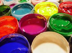 Использование водоэмульсионной краски, насколько это выгодно?
