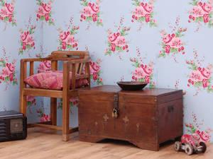 Состаренная мебель снова в моде