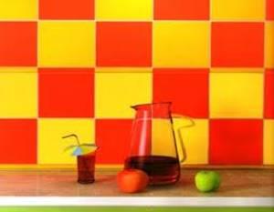 Оранжевая плитка для кухни